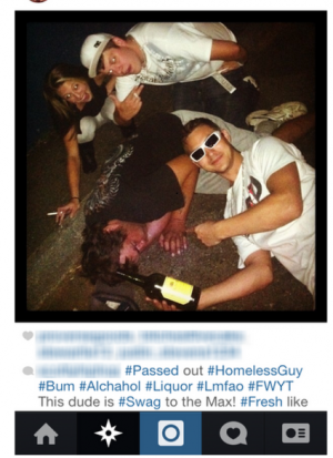 Selfies-With-Homeless-People-425x585