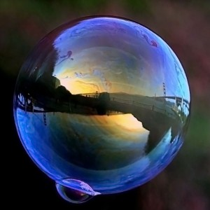 Bubble-Photo-by-Brocken-Inaglory-300x300