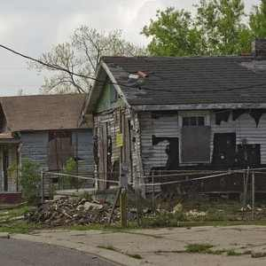The-Middle-Class-Is-Being-Systematically-Wiped-Out-Of-Existence-In-America-300x300
