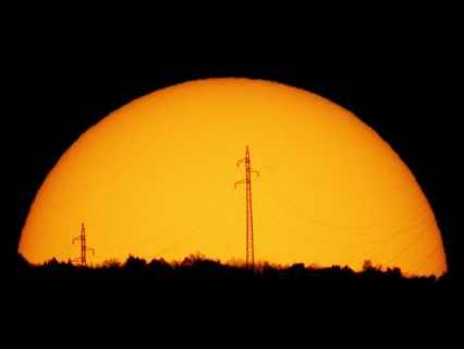 561684main1_Martin-Stojanovski-Sun_Martin-670